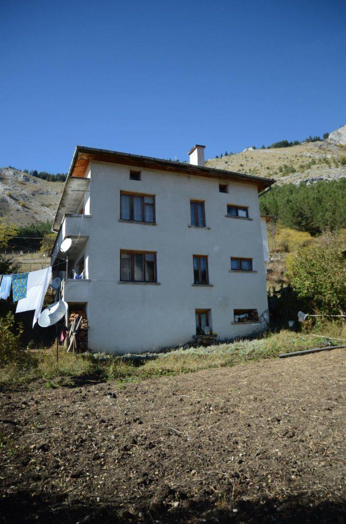 Къща за гости Кристал в село Триград